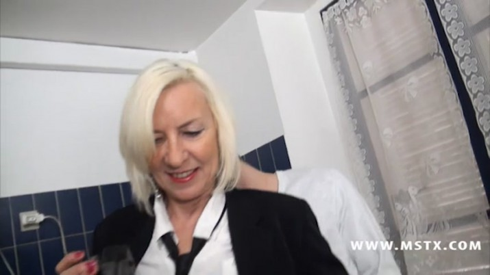 Milf - Mature Porno Htro Adulte - Video Tlcharger